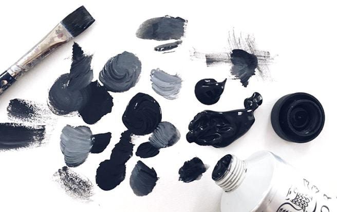 The different types of black paint